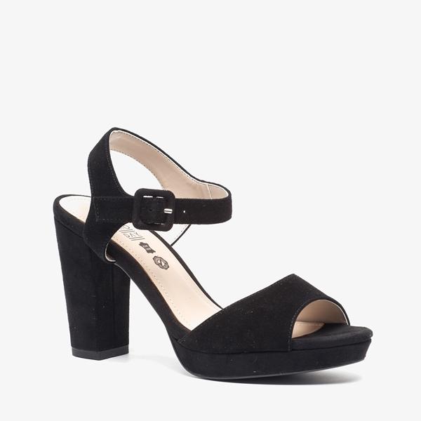 Chaussures Noires Scapino Avec Talon Bloc Avec Boucle Pour Dames AjTbsllkNB