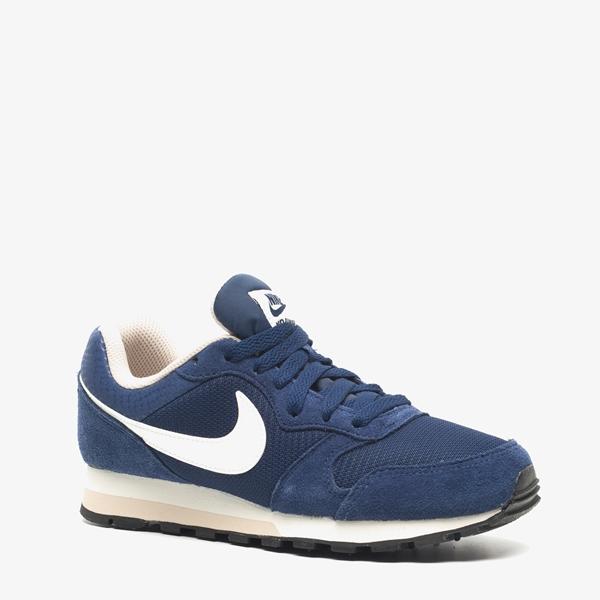 d4c6bed5d10 Nike MD Runner 2 dames sneakers online bestellen | Scapino