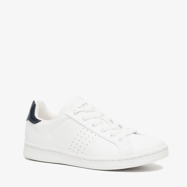 dbf15f32bc8 Blue Box dames sneakers online bestellen   Scapino