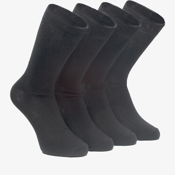 4 paar sokken 1
