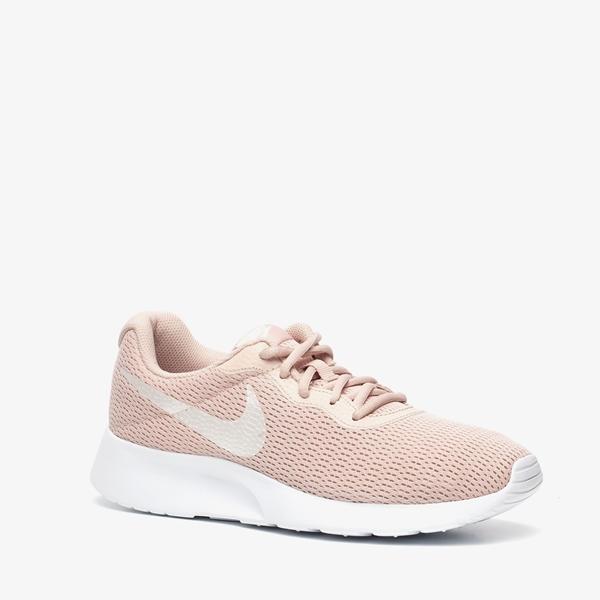 Nike Tanjun dames sneakers 1