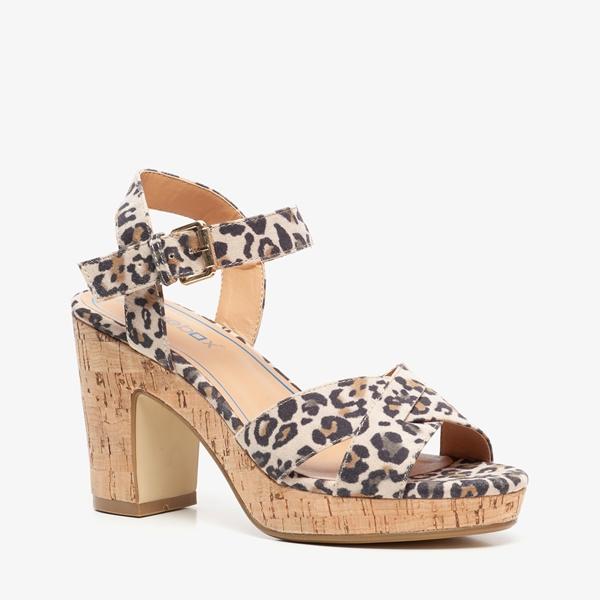 Blue Box dames hak sandalen met luipaardprint 1