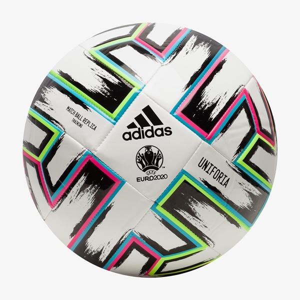 Adidas Uniforia voetbal 1
