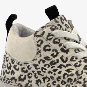 Groot leren babyschoenen met luipaardprint