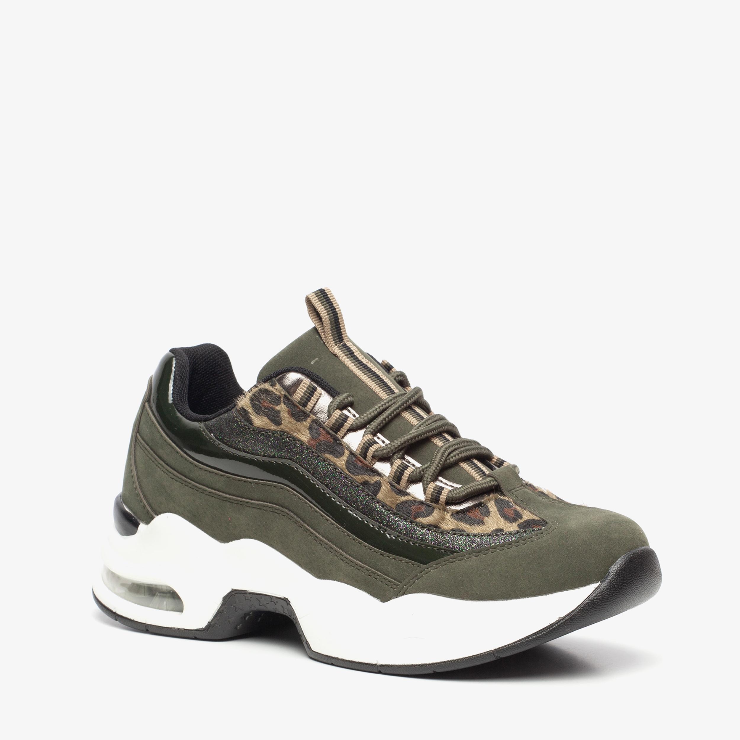 Blue Box dames leopard dad sneakers